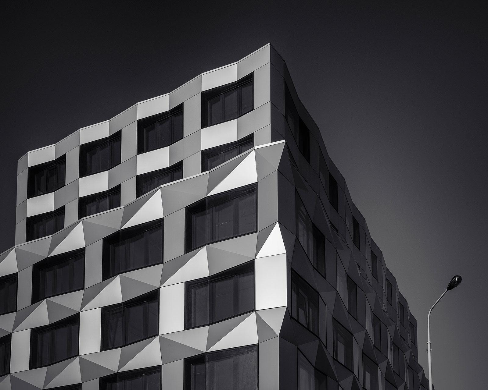 Dark & Architecture